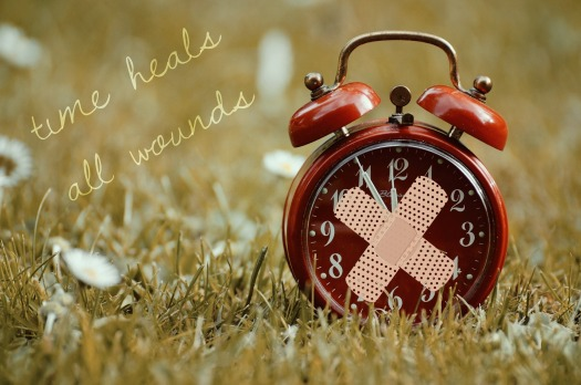 time-heals-all-wounds-1087105_1920